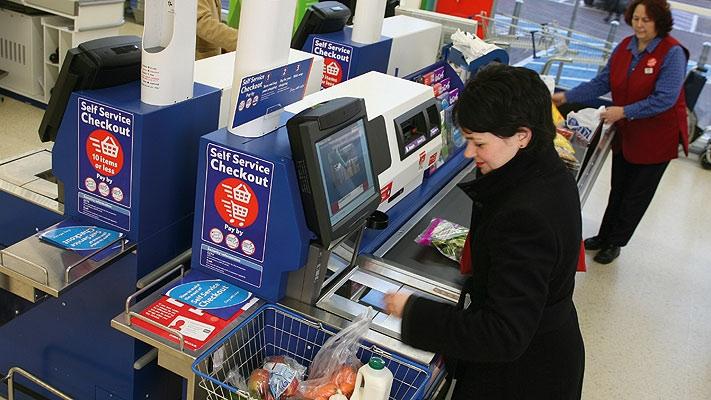 Resultado de imagem para self check out supermercados