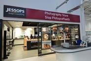 Jessops has signed a landmark deal with Sainsbury's, which will see it opening shops-in-shops within the grocer's superstores.