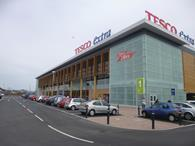 Tesco has secured a 2.5bn revolving credit facility to protect it against the impact of possible ratings downgrades, following last week\'s revelation it overstated profits by 250m.