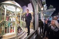 Ewan Venters unveils Fortnum & Mason\'s Christmas windows