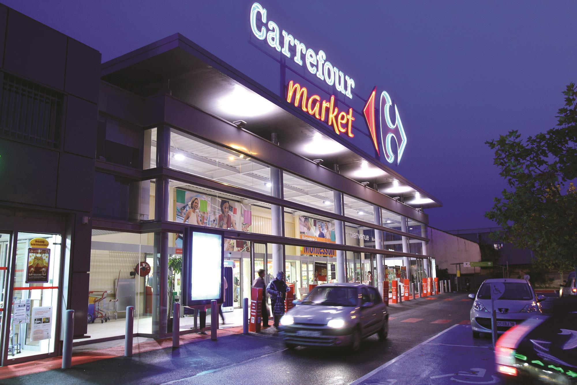 analysis of carrefour In 1959 carrefour supermarket company is set by fournier, badin and defforey families who run discount supermarket in annecy carrefour is a french retailer.