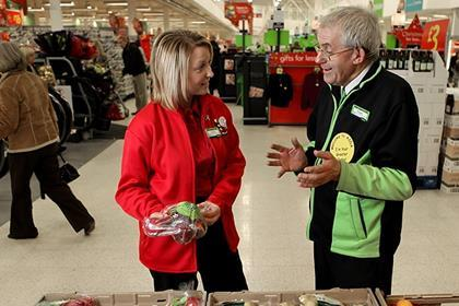 Asda head office staff take to the shopfloor at christmas - Asda stores ltd head office ...